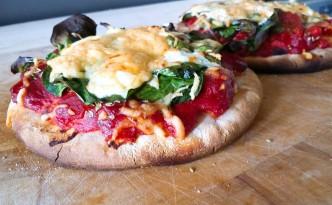 snelle makkelijke pizza met 5 ingrediënten